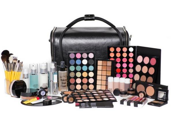 A Make-up kit
