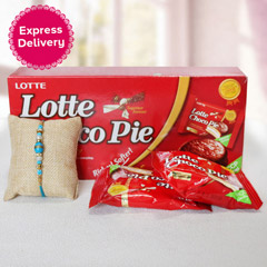 Lotte Choco Pie with Rakhi