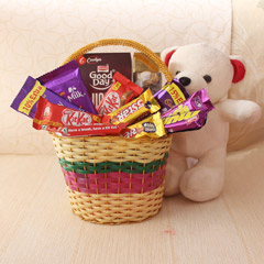A Loving Basket for Sis