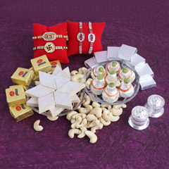 Best Rakhi Hamper to Brothers