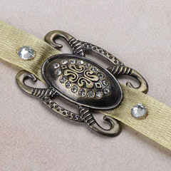 Antique Broach Rakhi