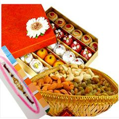 Rakhi with Sweets and Dry Frui..