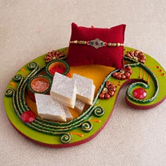 Affectionate Rakhi combo for b..