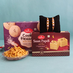 Lip-smacking Rakhi Hamper