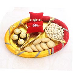 Enthralling Rakhi Gift for Bro
