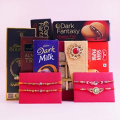 Delightful Gift Hamper with Fo..