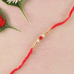 Sizzling Simple Rakhi Thread